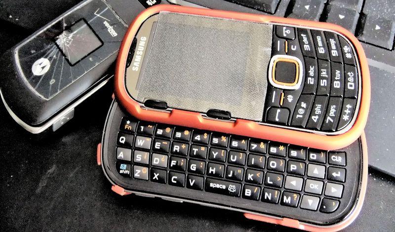 PHONE NEW 091010