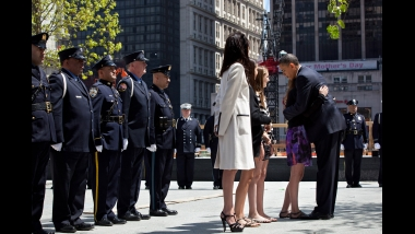 OBAMA AND GIRL GROUND ZERO CEREMONY 2011 (2)