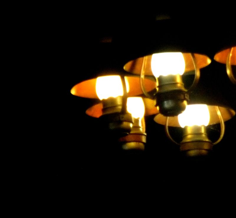 STARVED ROCK LODGE LIGHTS 2 2011